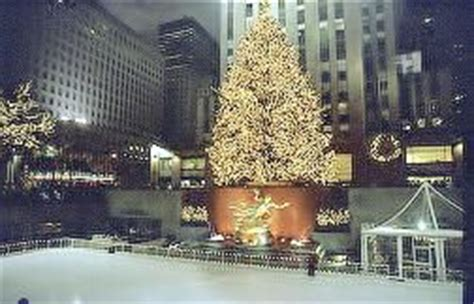 big christmas tree in new york city in new york city