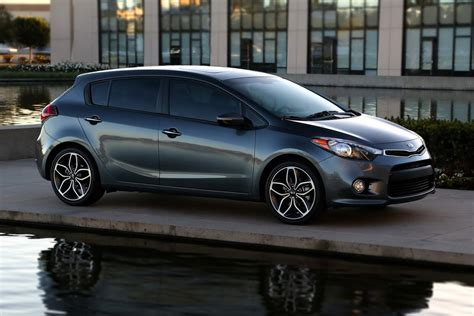kia hatchback new 2014 kia forte hatchback photos and details video