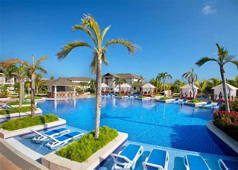 Royalton Resorts   Royalton Punta Cana   Royalton White Sands