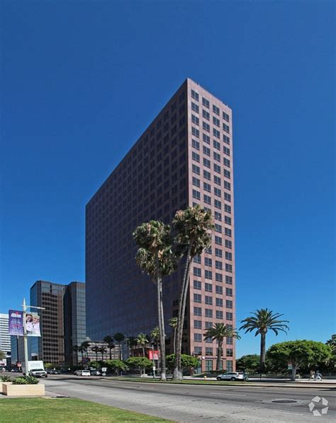 Office 2010 Home And Business 295 by Cedars Sinai Buys Miracle Mile Office For 295 Million