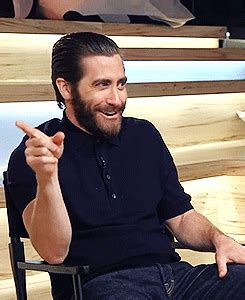 jake gyllenhaal gif find & share on giphy