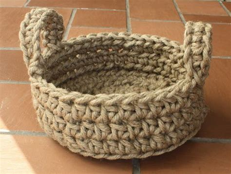 Macrame Rope Patterns - how to make rope baskets easy crochet rope basket