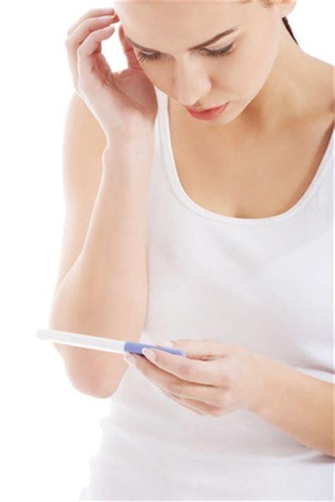 ab wann kann eine schwangerschaft bemerken schwangerschaftstest socko