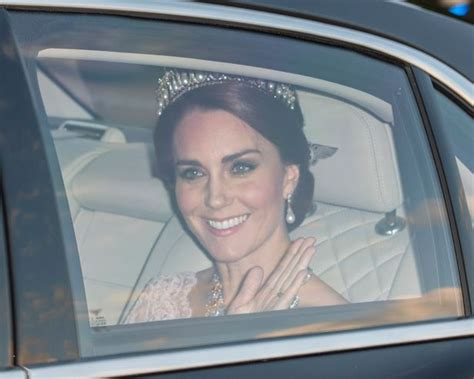 Kalung Kc 07 gunakan tiara princess diana kate middleton banjir pujian