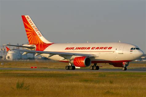 file airbus a310 304 air india cargo an1542569 jpg wikimedia commons