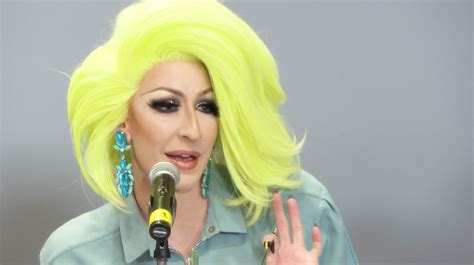 Detox Drag Influence by The Quot Drag Does Fashion Week Quot Panel With Detox Milk Isaac