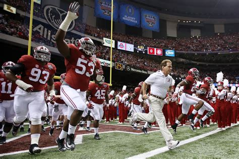 why alabama football coach nick saban is a great leader