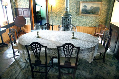 restaurants with rooms in staten island dining room at austen house museum staten island ny
