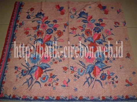 Kain Batik Katun Tulis Motif Ikan batik tulis halusan sisik ikan motif buketan bunga batik cirebon batik mega mendung