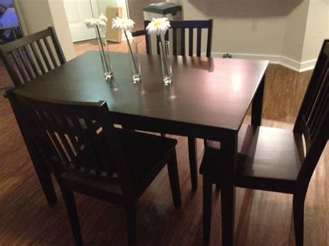 craigslist dining room table