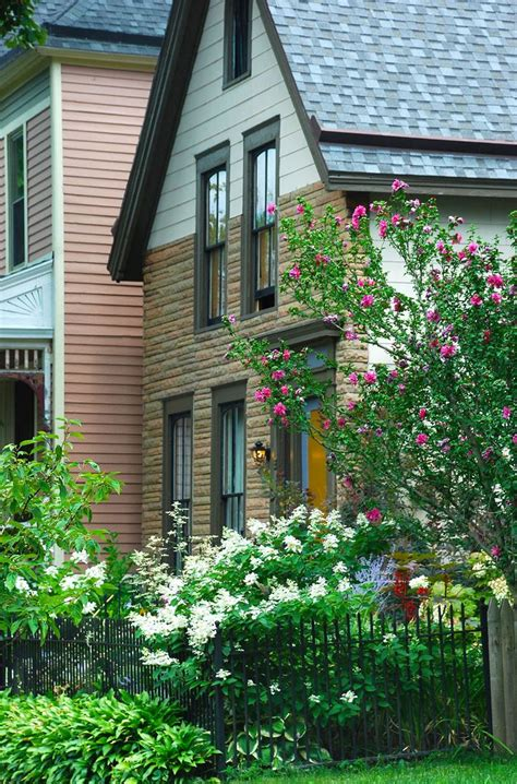 Lake Erie Lawn And Garden by 18 Best Gw Narrow Alleys Images On Walks