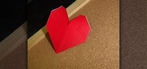 Valentines Day Origami - how to craft a simple origami beating for