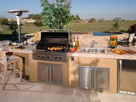outdoor kithcen cheap outdoor kitchen ideas hgtv