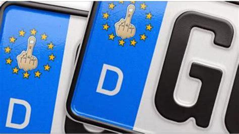 Aufkleber Auto Erlaubt by Urteil Gericht Erlaubt Stinkefinger Aufkleber Auf Kennzeichen