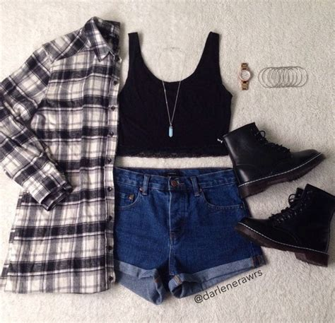 accesories awesome black blue chic clock clothes