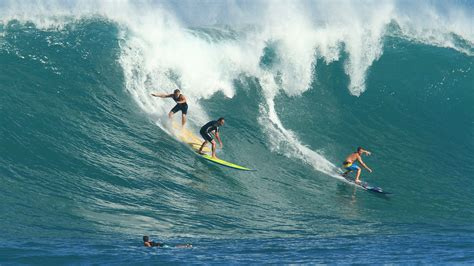 in hawaiian pictures of surf in hawaii images