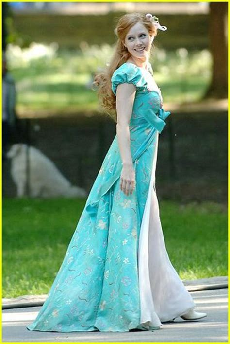 giselle curtain dress enchanted movie photo 208931 enchanted patrick dempsey