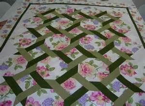 best 25 lattice quilt ideas on baby quilt