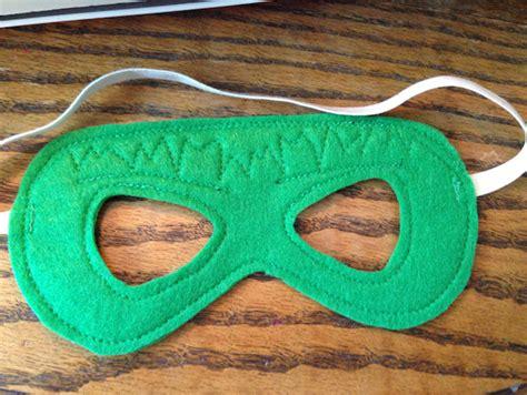 pattern for felt superhero mask superhero masks sew like my mom