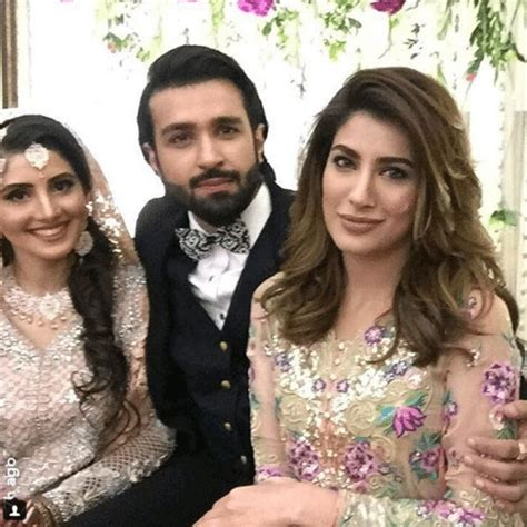 mehwish hayat dramas wedding pics profile life with style mehwish hayat at azfar rehman wedding reception