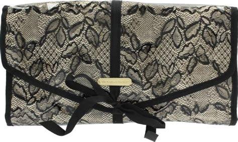 toilettas victoria secret nude bol victoria s secret large hanging beauty bag black