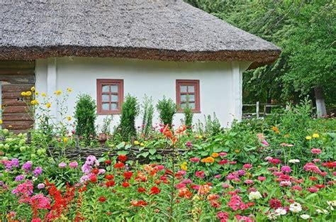 cottage vegetable garden design ogr 243 d w stylu wiejskim