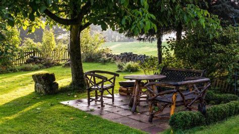 imagenes de jardines en haciendas banco jardines arboles hierba fondos de pantalla hd