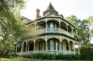 Modern Victorian Homes fresh victorian homes made modern 1354