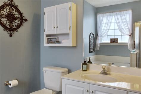 staging a bathroom to sell tips for staging a bathroom when selling