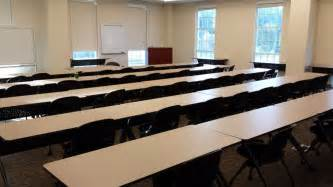 classroom in a simmons build smu southern methodist