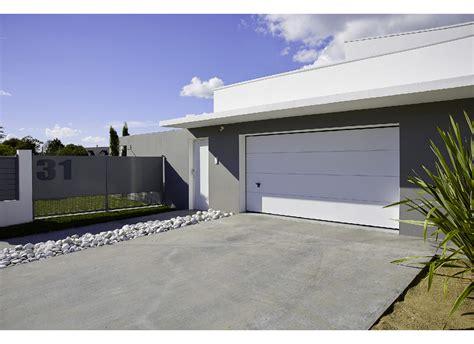 porte de garage sectionnelle sur mesure porte de garage montana sectionnelle sur mesure ext 233 rieur