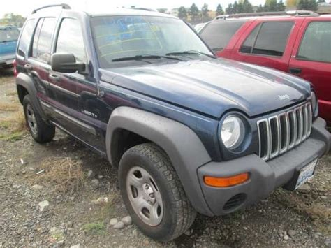 Jeep Liberty 2004 Parts Used 2004 Jeep Liberty Front Part 3478418