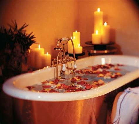 28 Inch Bathtub Rose Petals In A Bath With Candles Bathrooms