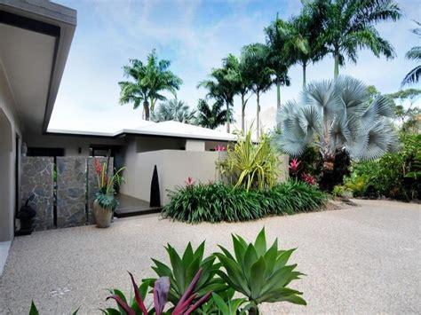 modern tropical garden design izvipi com