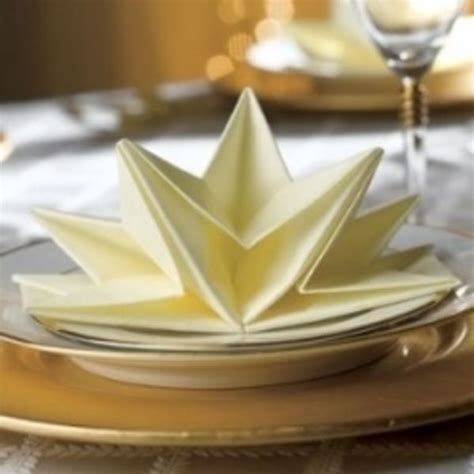 Cool Paper Napkin Folds - cool ways to fold dinner napkins home table settings