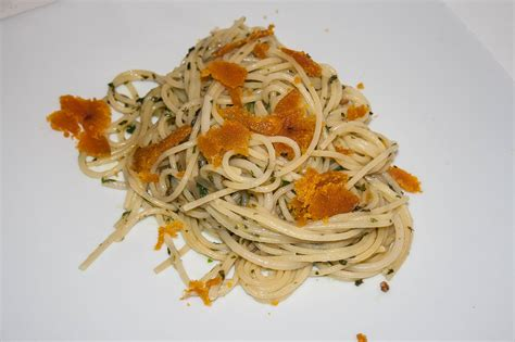 cucinare spaghetti spaghetti con la bottarga ricette di cucina