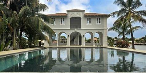 al capone house al capone s one time miami beach mansion hideout hits market again for 8 45 million