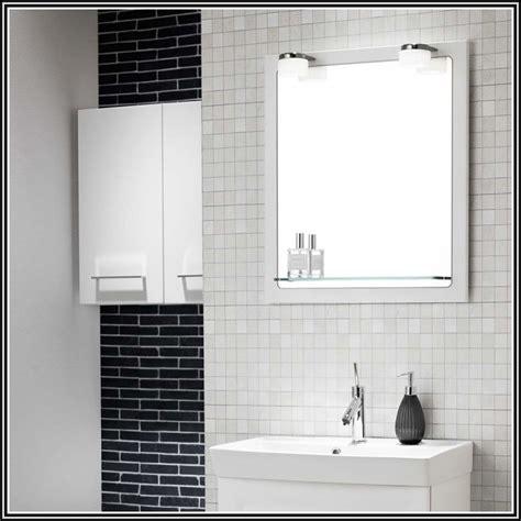 wand mit spiegel gestalten design wand spiegel badezimmerspiegel mit led beleuchtung