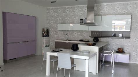 cucina lube fabiana lube cucine cucina fabiana con penisola in polimerico