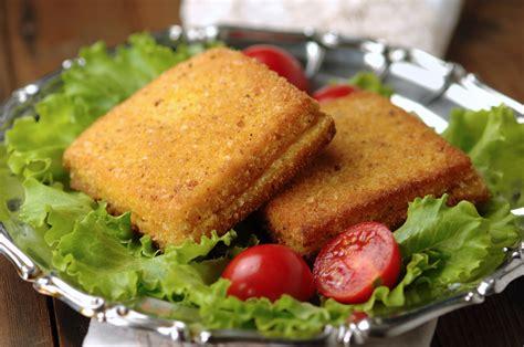 mozzarella in carrozza pangrattato mozzarella in carrozza la ricetta napoletana ricette