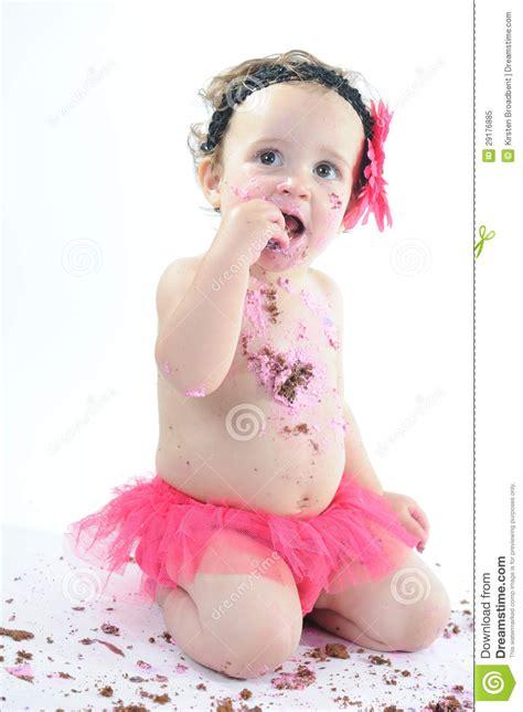 Cake Smash Shoot: Messy Baby Girl Eating Birthday Cake