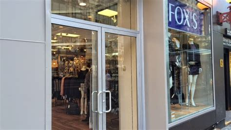 bureau hypoth鑷ues dismal discount department store fox s opens on the ues