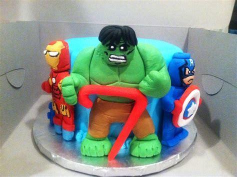 tutorial lego avengers lego avengers cake cakecentral com