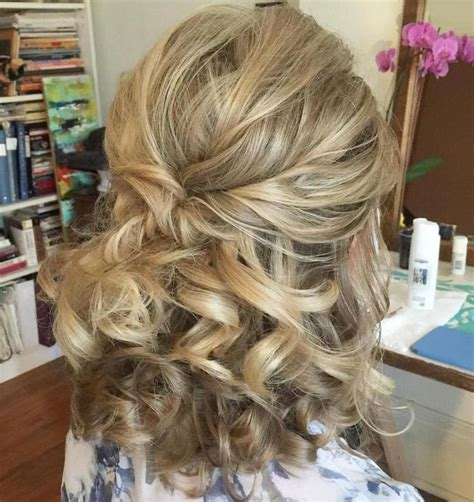 partial updos for medium length hair 25 best ideas about half up bun on pinterest hair hair