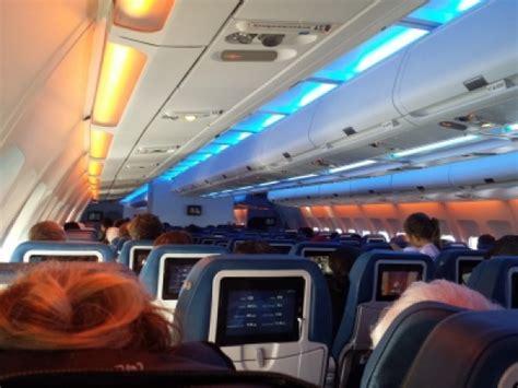 Air Transat A330 Interior by Seat Map Air Transat Airbus A330 300 346pax Seatmaestro