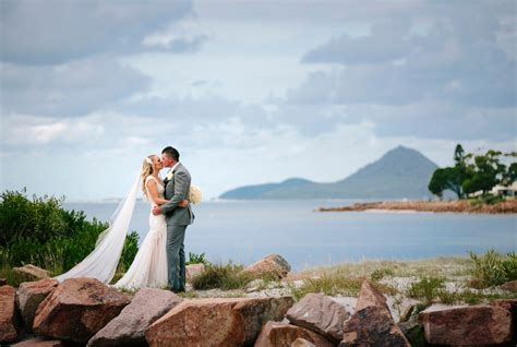 The Anchorage Port Stephens wedding of Kim and Nathan