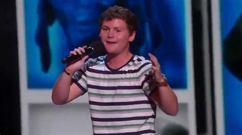 why does drew lynch a service america s got talent 2015 drew lynch stuttering comedian jokes about his service