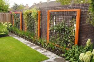 Metal Garden Screen Trellis Wood Framed Wire Trellis Garden Trellis And Tuteur