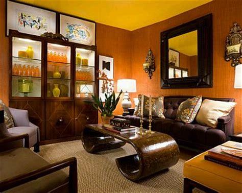 Black Brown And Living Room by Decoraci 243 N De Salas Peque 241 As Con Espejos
