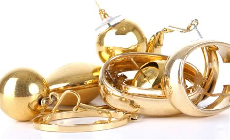 sell scrap gold cash for gold call 08000 141544 for immediate quote
